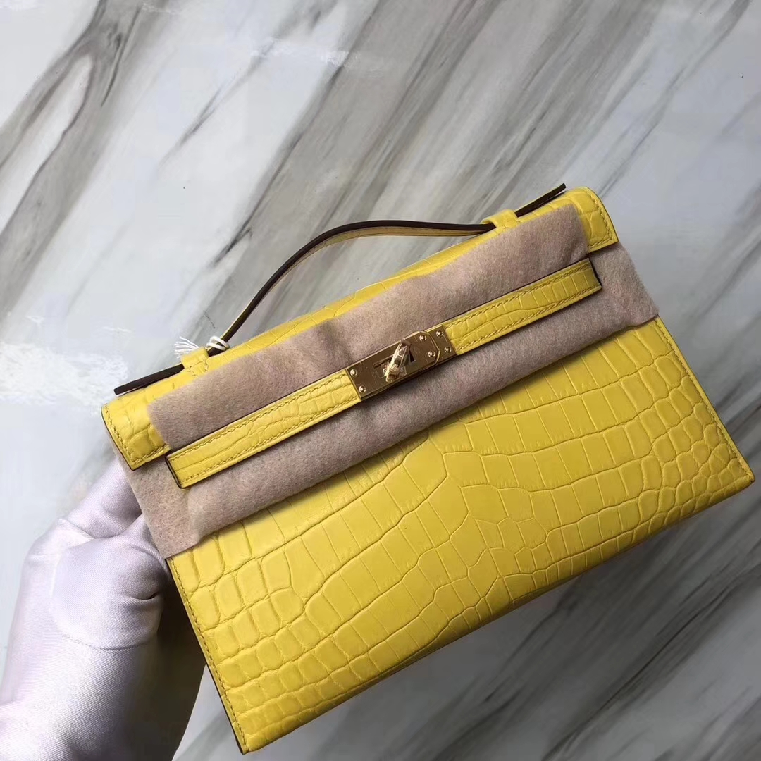 Hermès(爱马仕)Mini Kelly Crocodile matt 雾面鳄鱼 9R柠檬黄 金扣 手拿包 晚宴包 22cm