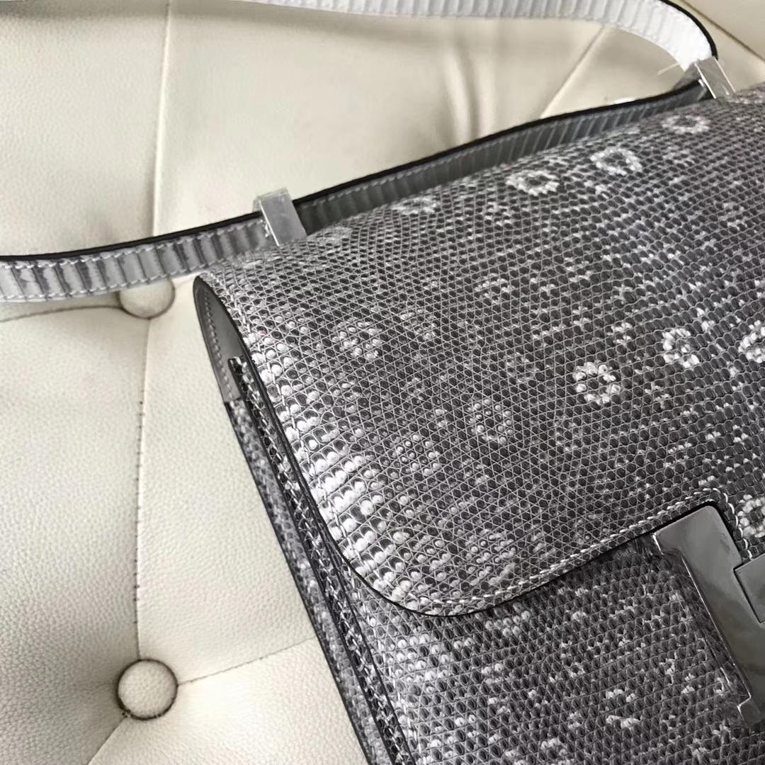 Hermès(爱马仕)Constance23cm lizard 进口蜥蜴皮 01自然色 蜡线全手工 银扣一枚[