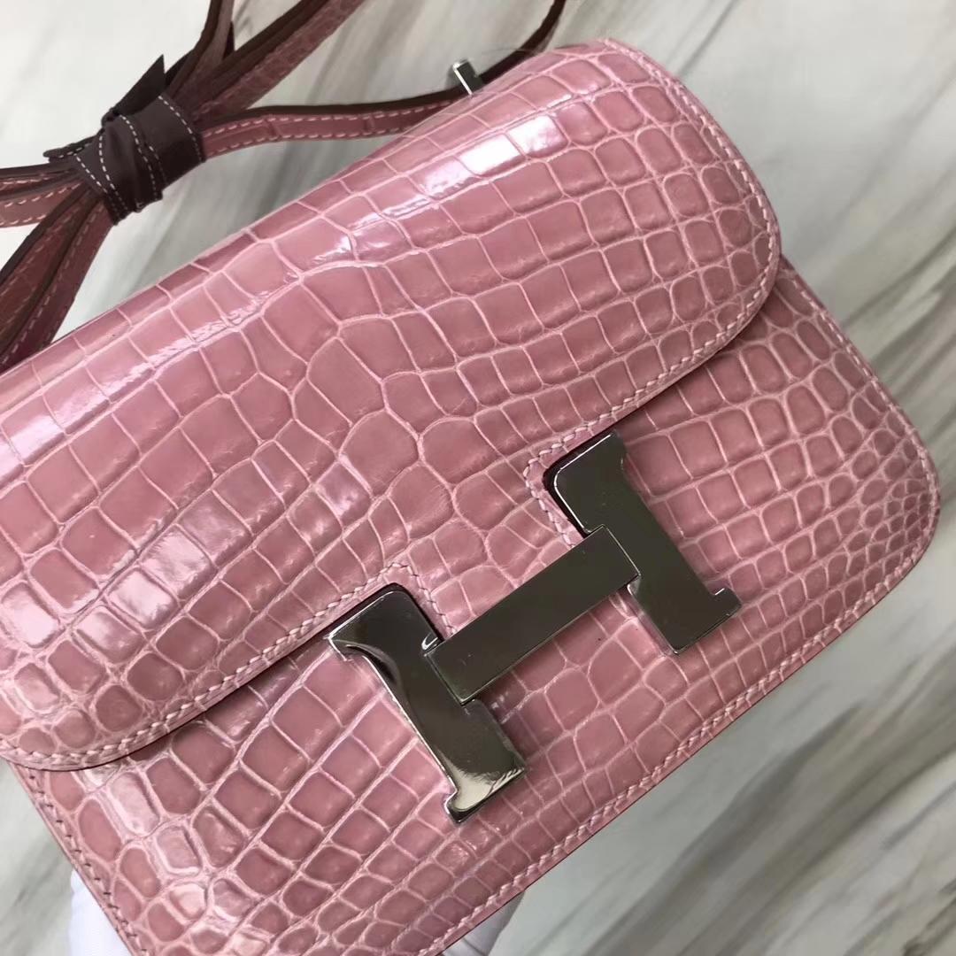 Hermès(爱马仕)Constance空姐包 Alligator shiny 亮面鳄鱼 5Z 印度粉 银扣 18cm 顶级现货