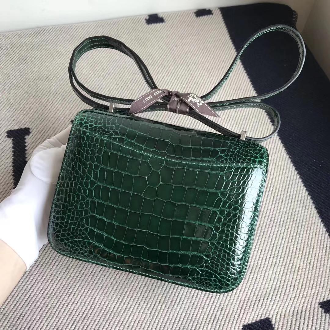 Hermès(爱马仕)Constance空姐包 Alligator shiny 亮面鳄鱼  ck67 祖母绿 银扣 顶级现货 18cm