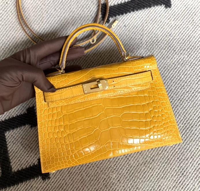 Hermès(爱马仕)Mini Kelly 迷你凯莉 美洲琥珀黄 2代 金扣