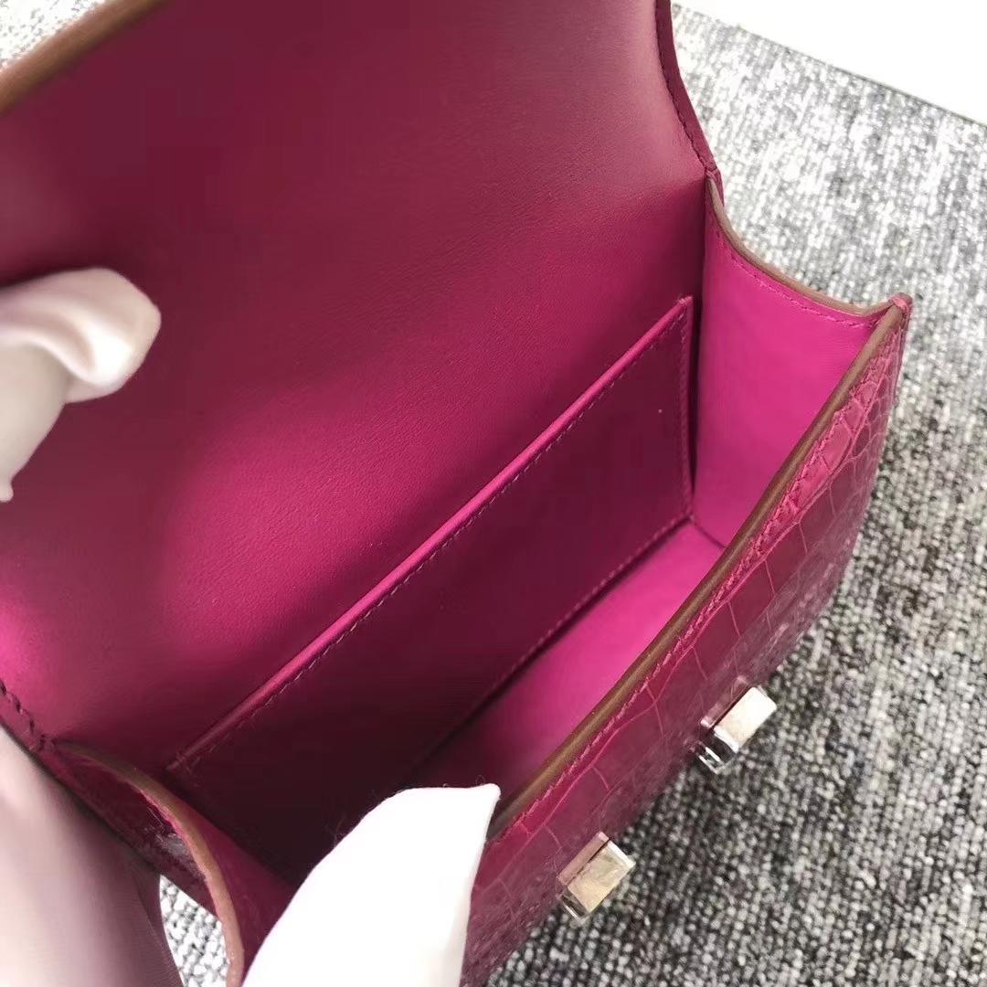 Hermès(爱马仕)Mimi Constance 迷你空姐包 亮面框框美洲鳄 J5天方夜谭粉紫 蜡线全手工 银扣 14cm