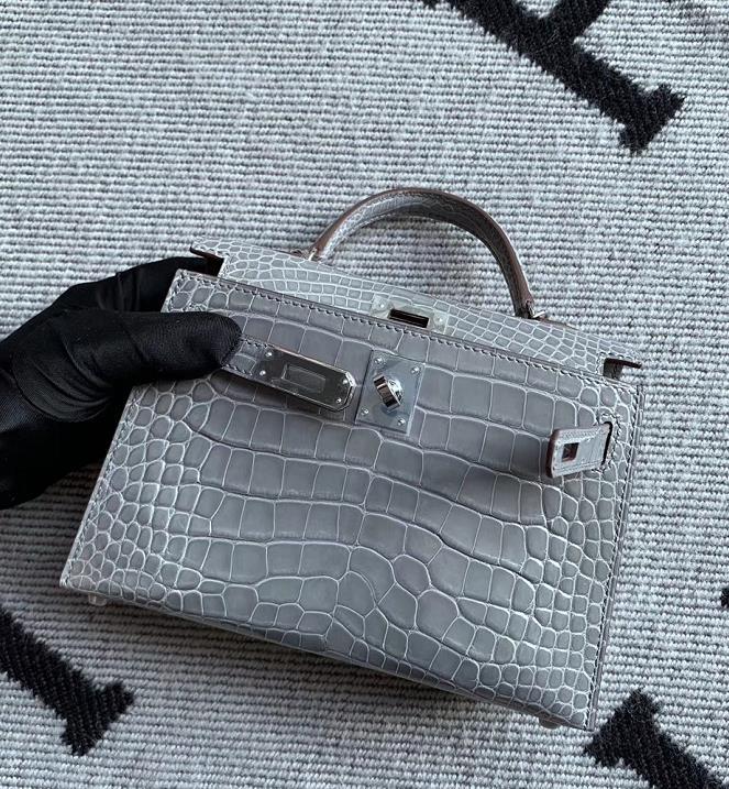 Hermès(爱马仕)Mini Kelly 迷你凯莉 冰川灰 亮面美洲鳄鱼 银扣 2代