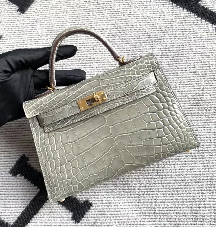 Hermès(爱马仕)Mini Kelly 迷你凯莉 斑鸠灰 亮面美洲鳄鱼 金扣 2代