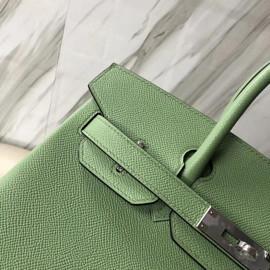 Hermès(爱马仕)Birkin 铂金包 Epsom 原厂掌纹皮 3I 蟋蟀绿 牛油果绿 银扣 30cm