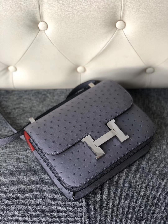 Hermès(爱马仕)Constance 24cm Ostrich kk鸵鸟 玛瑙灰 内拼红色 银扣 顶级手缝