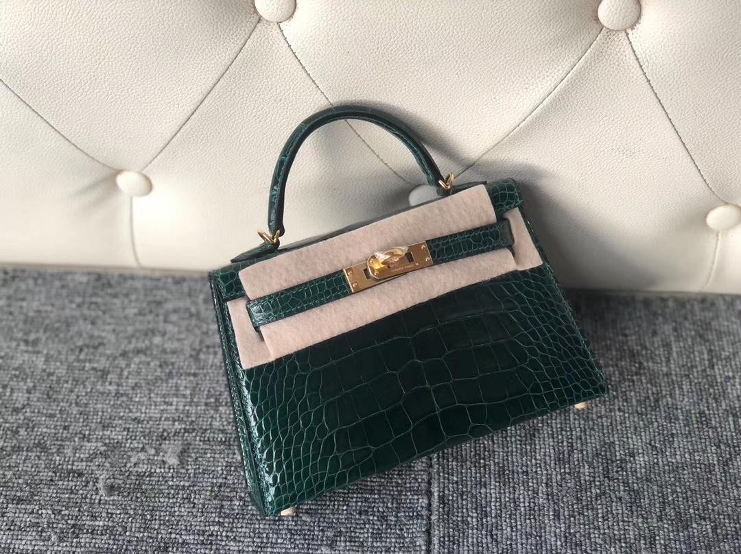 Hermès(爱马仕)Minikelly ll Alligator shiny 亮面鳄鱼  ck67 祖母绿 金扣 顶级手缝 小可爱  现货