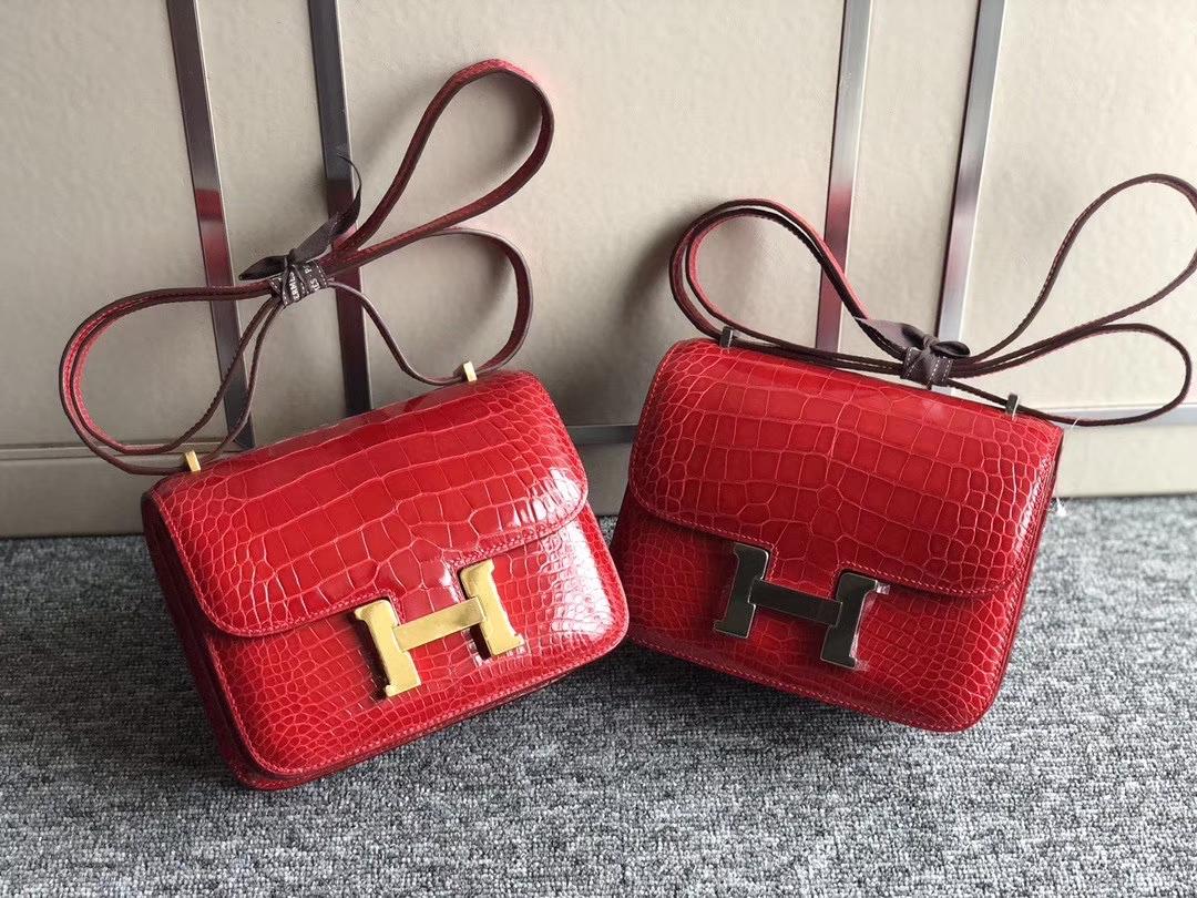 Hermès(爱马仕)Constance18cm Alliagtor shiny 亮面鳄鱼 ck95 法拉利红 Braise 金扣 银扣