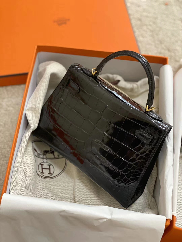 Hermès(爱马仕)Kelly 2代 19cm shiny alligator crocodile 亮面美洲鳄 ck89黑色 蜡线全手工 金扣