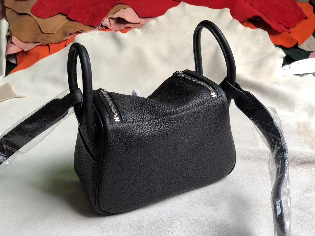 Hermès(爱马仕)Mini lindy 20cm  tc ck89 黑色 银扣 顶级手缝 小可爱 现货