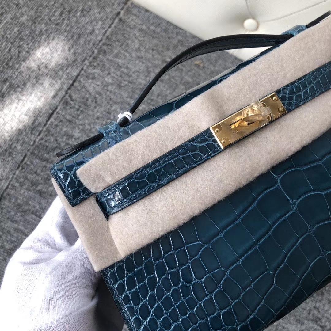 Hermès(爱马仕)Mini kelly pochette 22cm 亮面鳄鱼 w0 博斯普鲁斯绿 金扣 手拿包 晚宴包