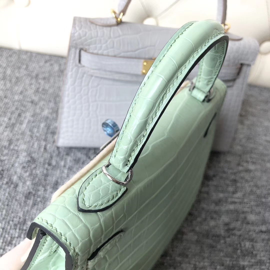 Hermès(爱马仕)Mini kelly ll Alligator matt 雾面鳄鱼 6U 薄荷绿 银扣 顶级手缝