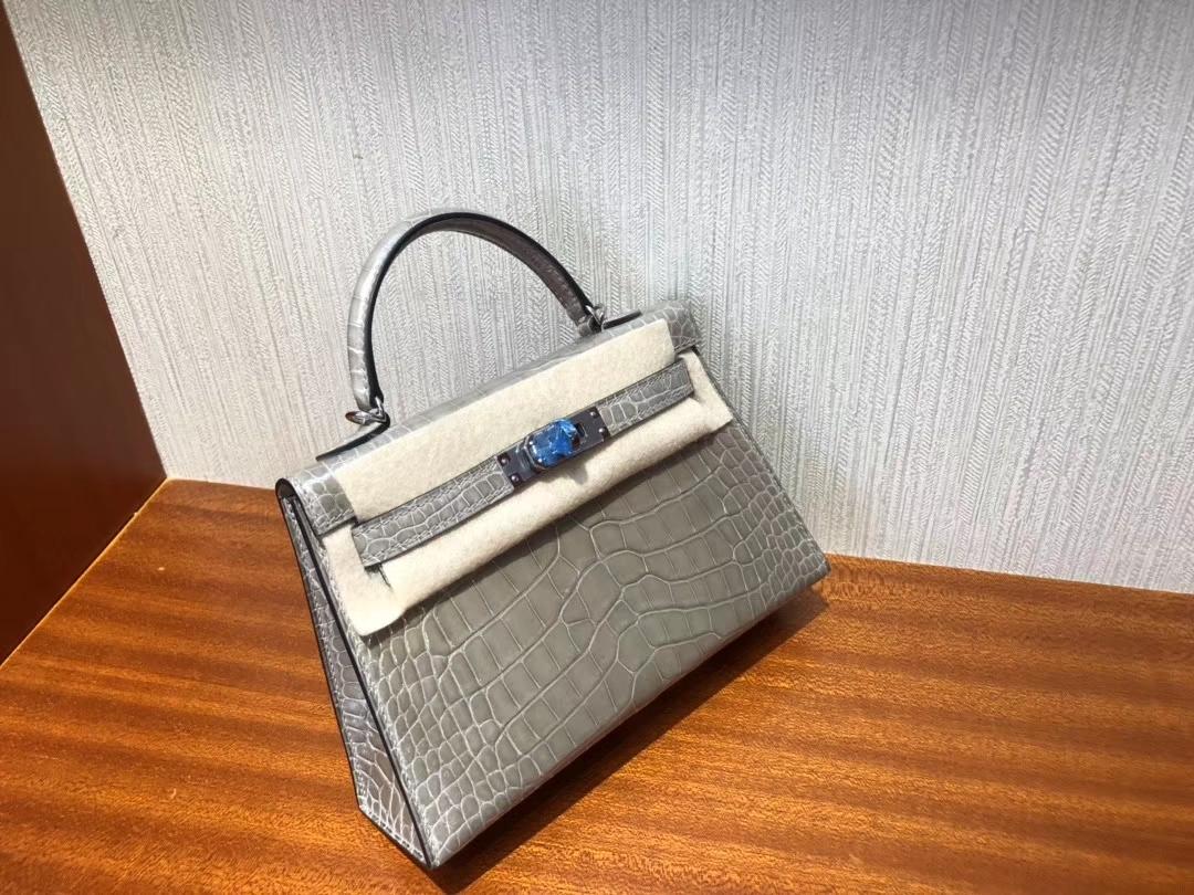Hermès(爱马仕)Mini kelly 2 Alligator shiny 亮面鳄鱼 ck81 斑鸠灰 银扣 顶级手缝 现货