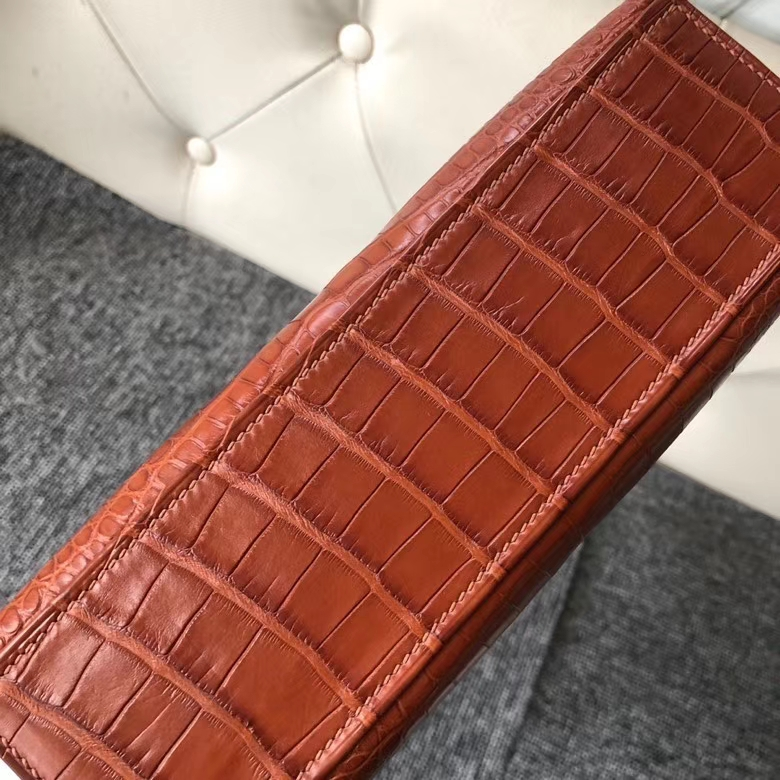 Hermès(爱马仕)Mini kelly pochette 22cm Alligator matt 雾面鳄鱼 棕色 马鞍色 金扣 顶级手缝 现货