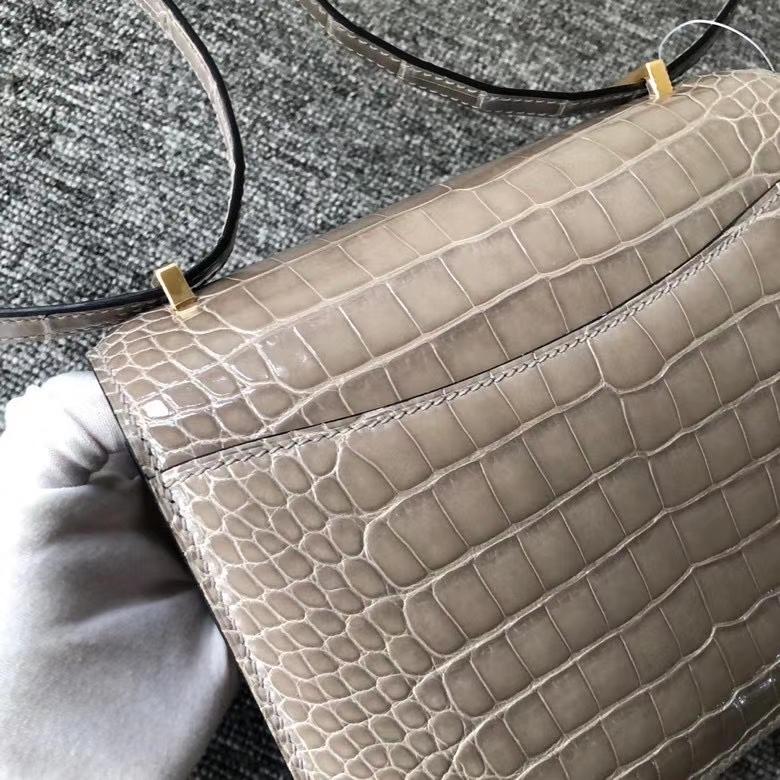 Hermès(爱马仕)Constance 18cm Alligator shiny 亮面鳄鱼 ck81 斑鸠灰 Gris T 金扣 顶级手缝 超美
