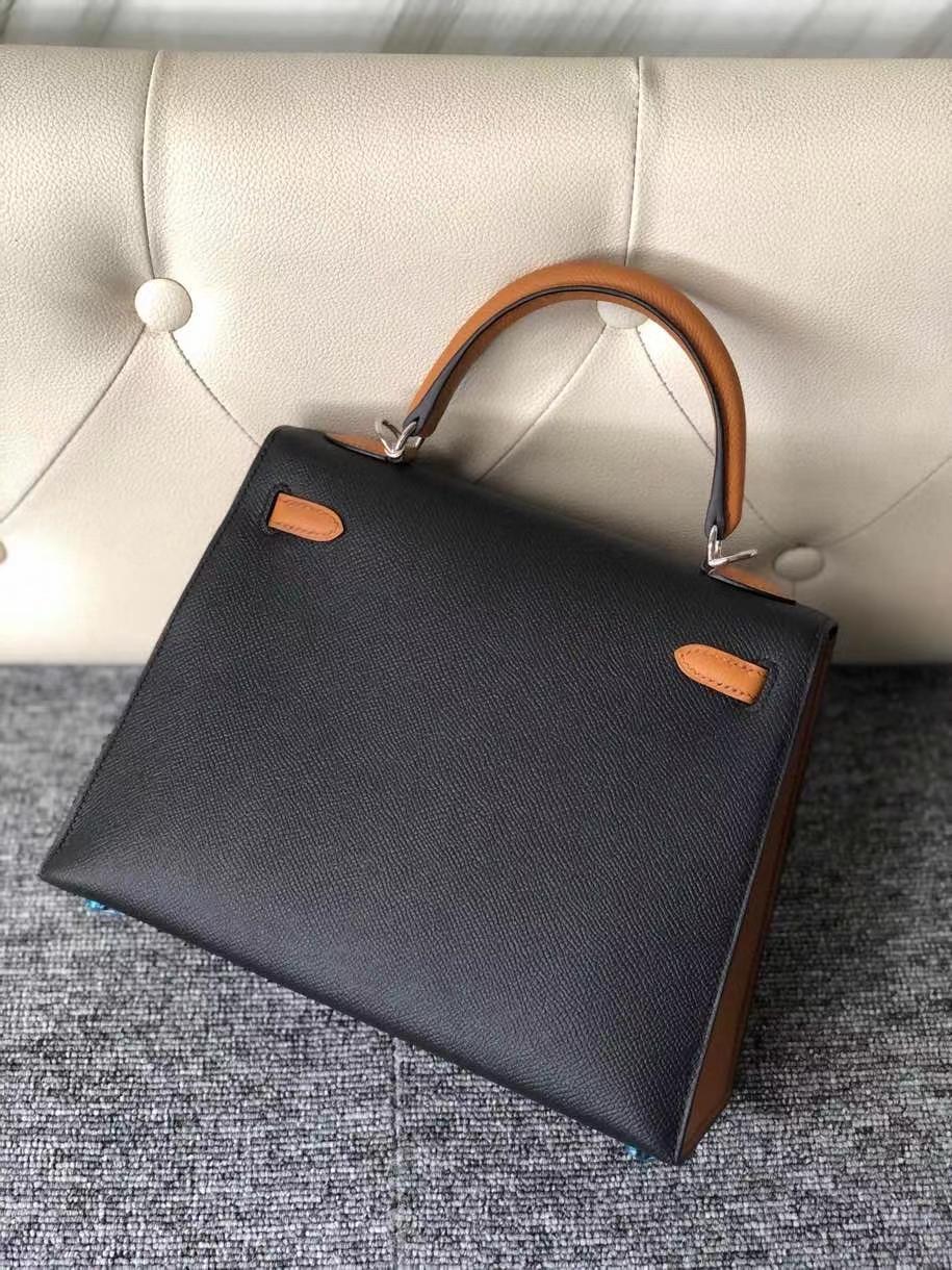 Hermès(爱马仕)Kelly 25cm 原厂掌纹皮 Epsom ck89 黑色 Noir 拼 1H 太妃色 银扣 马蹄印 顶级手缝 现货