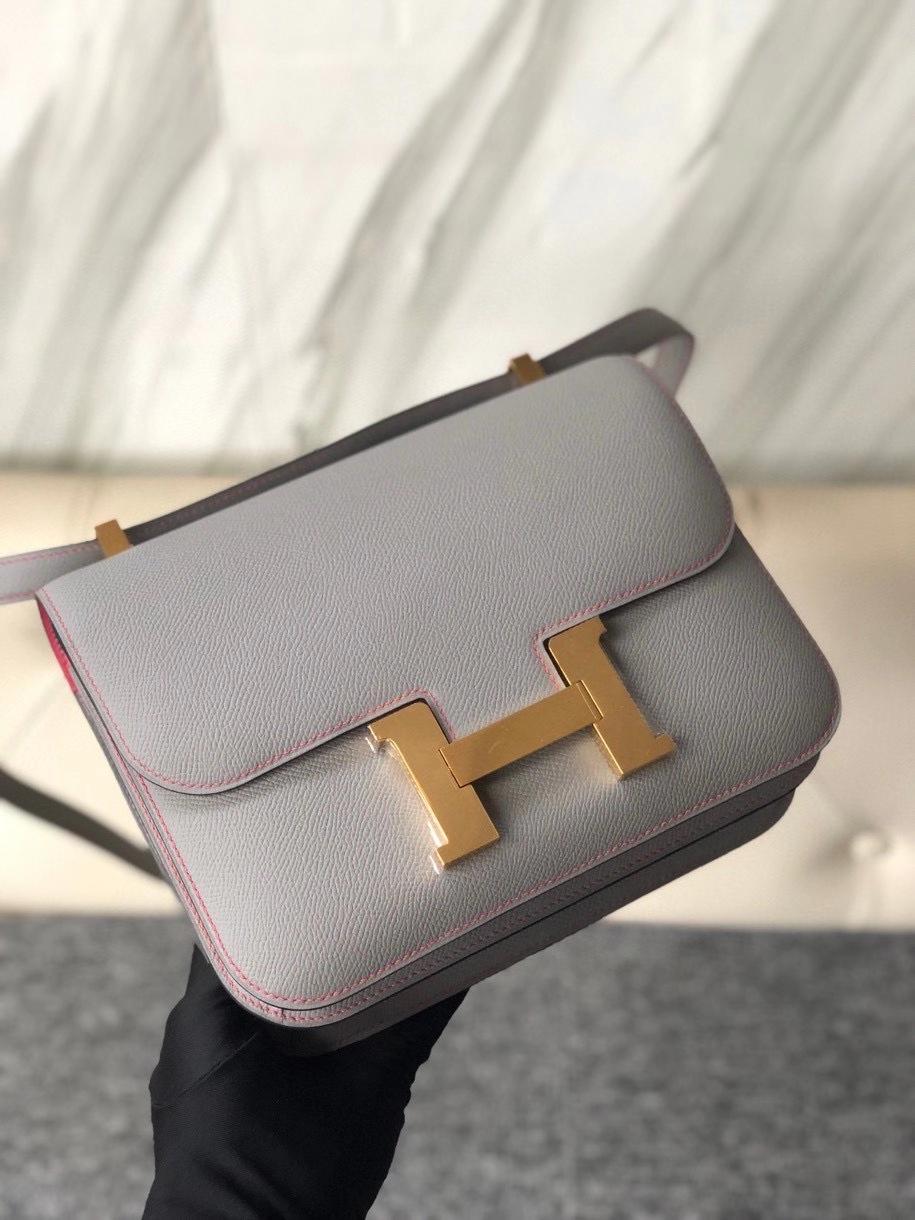 Hermès(爱马仕)Constance 24cm Epsom 原厂掌纹皮 4Z 海鸥灰 内拼唇膏粉 金扣 马蹄印 顶级手缝 现货