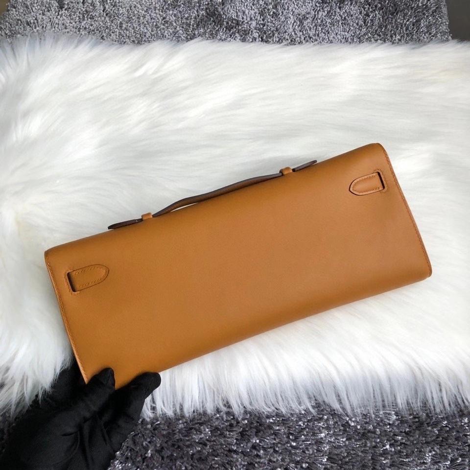 Hermès(爱马仕)Kelly cut 31cm Swift 芝麻色 芝麻黄 Sesame 银扣 手拿包 晚宴包