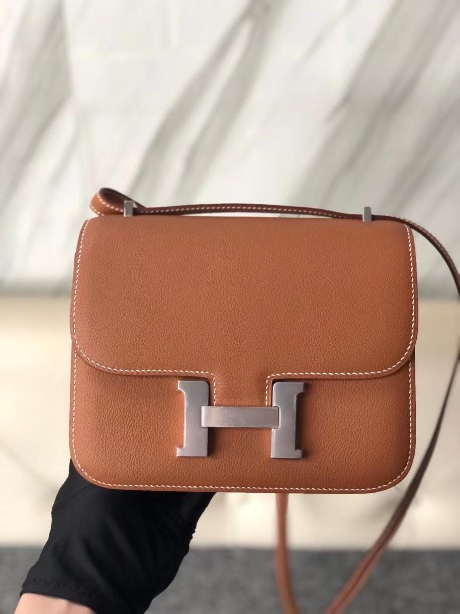 Hermès(爱马仕)Constance 18cm Evecolor ck37 金棕色 Gold 银扣  现货