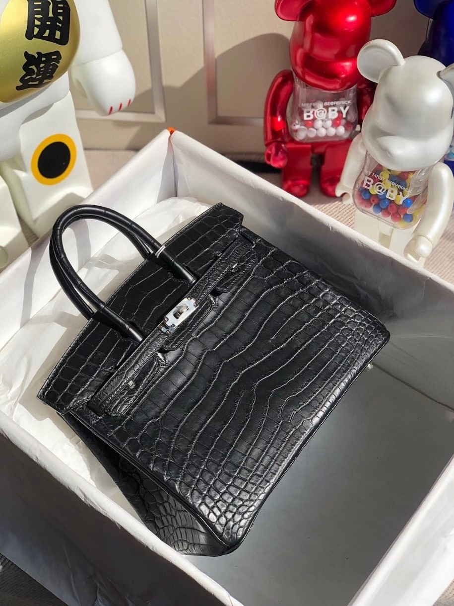 Hermès(爱马仕)Birkin 25cm Crocodile shiny 雾面鳄鱼  ck89 黑色 金扣 顶级手缝 品相完美 现货
