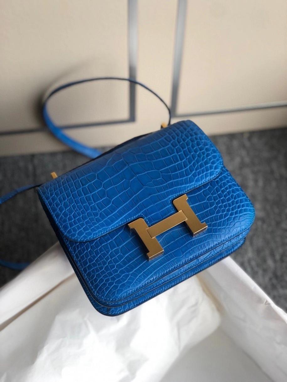 Hermès(爱马仕)Constance 18cm Alligtaor matt 雾面鳄鱼 7Q希腊蓝 金扣 顶级手缝