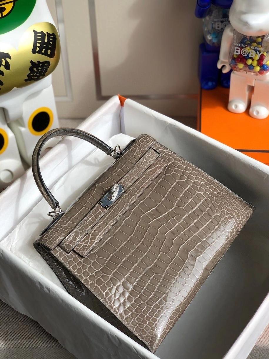 Hermès(爱马仕)Kelly 28cm Porosus shiny 亮面澳洲湾鳄 ck81 斑鸠灰 银扣 顶级手缝 现货