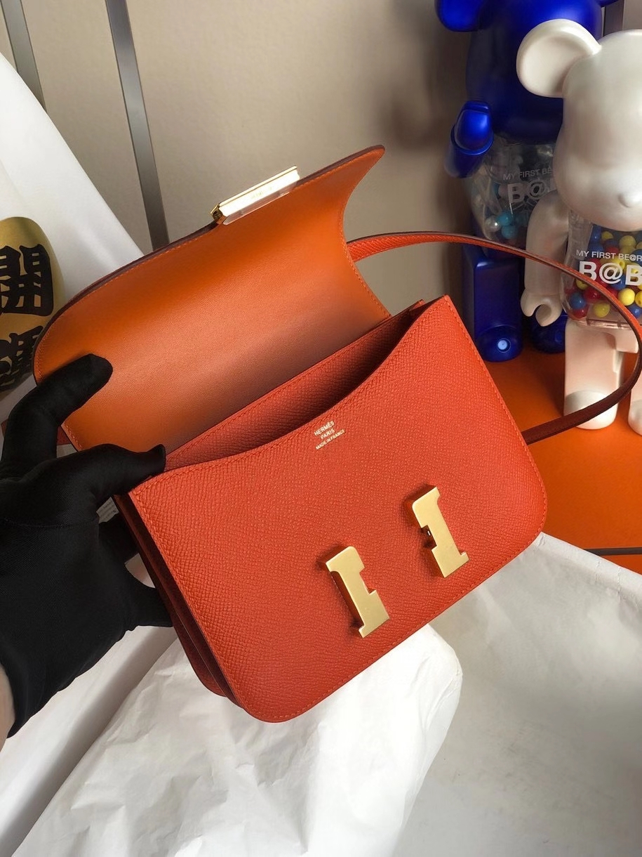 Hermès(爱马仕)Constance 18cm Epsom 原厂掌纹皮  火焰橙 金扣 顶级手缝 定制