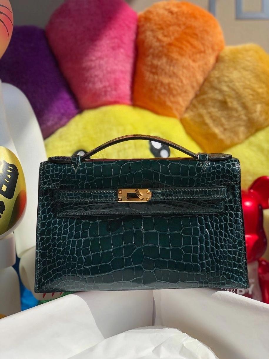 Hermès(爱马仕)Mini kelly pochette 22cm Alligator shiny 亮面鳄鱼 1p 鸭子绿 金扣 顶级手缝 晚宴包 现货