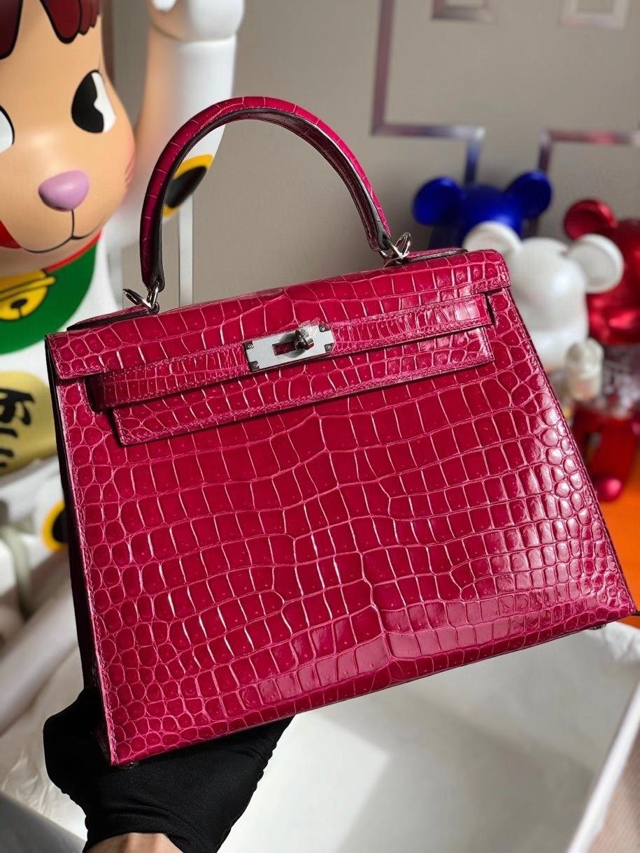 Hermès(爱马仕)Kelly 28cm porosus shiny 亮面澳洲湾鳄 E5 桃红 银扣 顶级手缝 现货