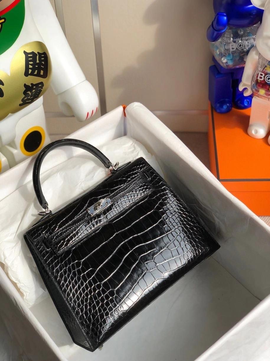 Hermès(爱马仕)Kelly 25cm Alligator shiny 亮面鳄鱼 ck89黑色 Noir 银扣 顶级手缝  现货