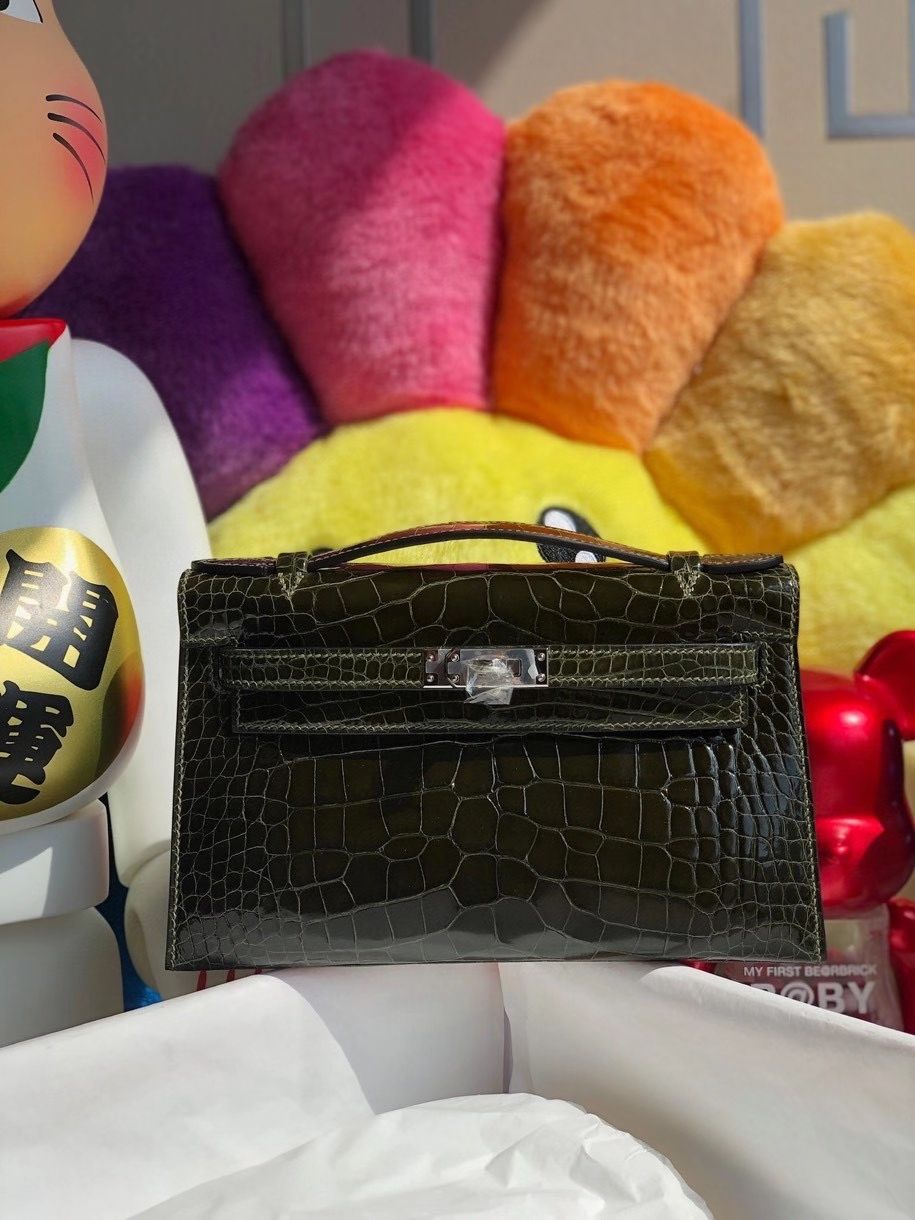Hermès(爱马仕)Mini kelly pochette 22cm Alligator shiny 亮面鳄鱼 6H 橄榄绿 银扣 顶级手缝 晚宴包 现货