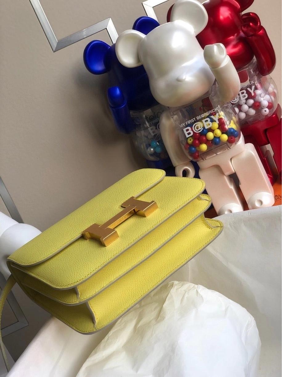 Hermès(爱马仕)Constance 18cm Epsom 原厂掌纹皮 C9 鹅蛋黄 金扣 顶级手缝 定制