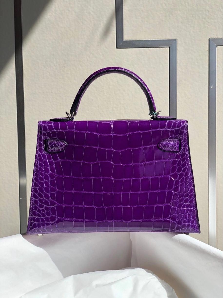 Hermès(爱马仕)Mini kelly ll alligator shiny 亮面鳄鱼 5L 极度紫 银扣 顶级手缝 小可爱 现货