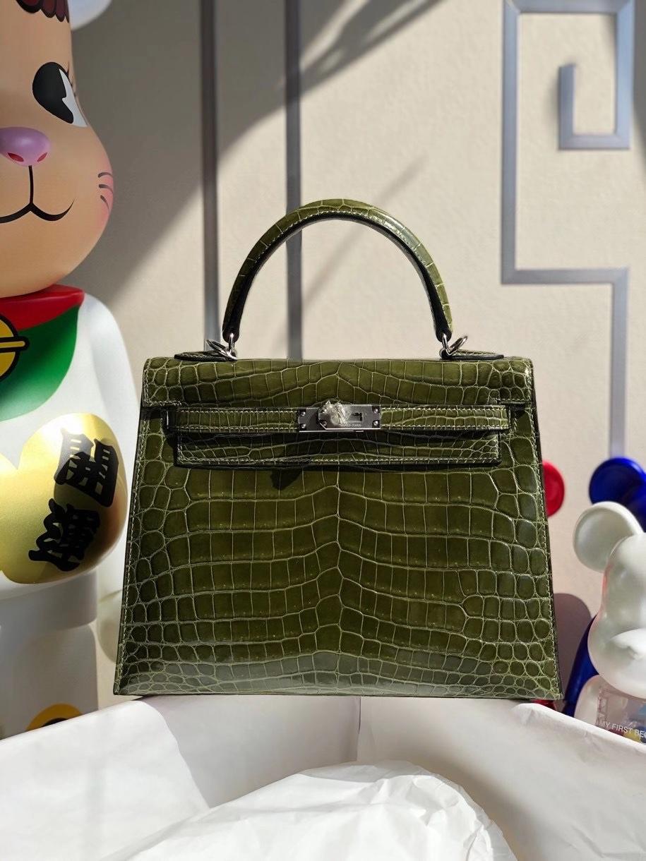 Hermès(爱马仕)Kelly 25cm Crocodile shiny 亮面鳄鱼 6H 橄榄绿 银扣 顶级手缝 现货