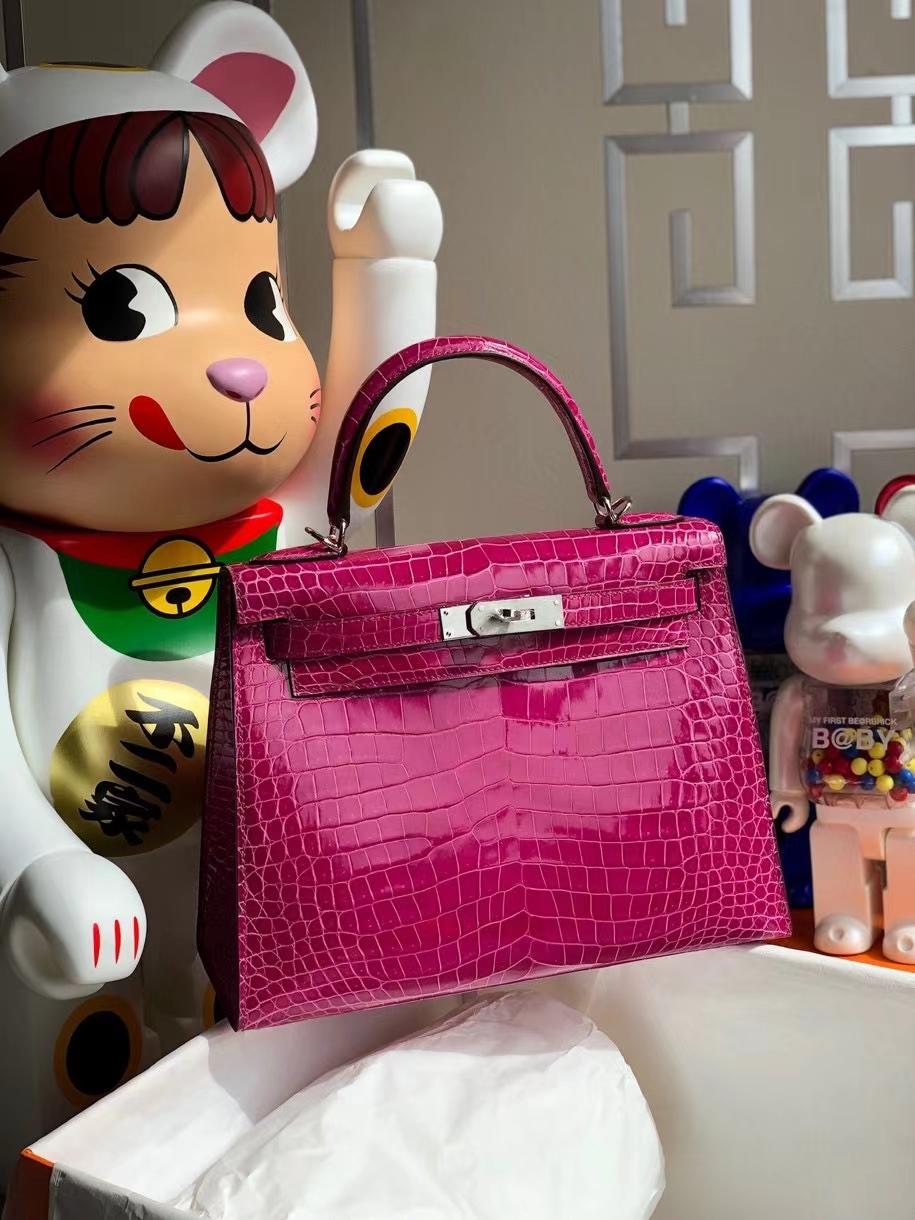 Hermès(爱马仕)Kelly 28cm porosus shiny 亮面澳洲湾鳄 J5 天方夜谭粉紫  银扣 顶级手缝 现货