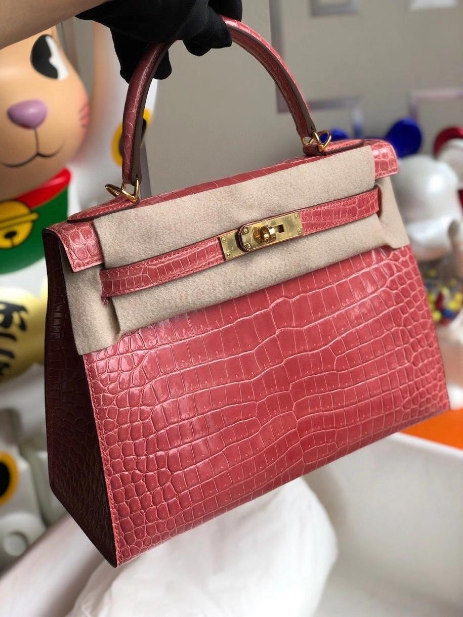 Hermès(爱马仕)Kelly 28cm porosus shiny 亮面澳洲湾鳄 L5 龙虾粉 金扣 顶级手缝 现货