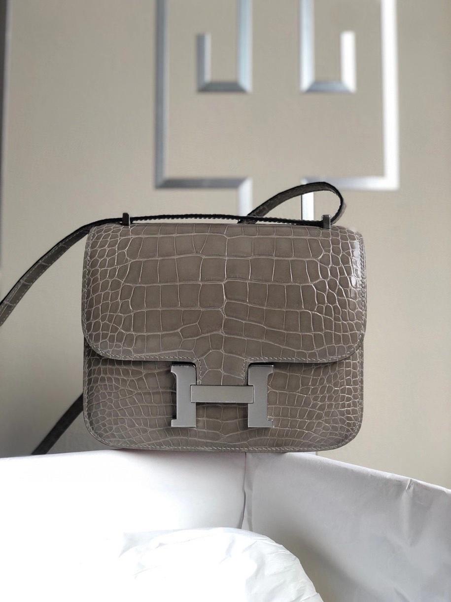 Hermès(爱马仕)Constance 18cm Alligtaor matt 雾面鳄鱼 ck81 斑鸠灰 银扣 顶级手缝