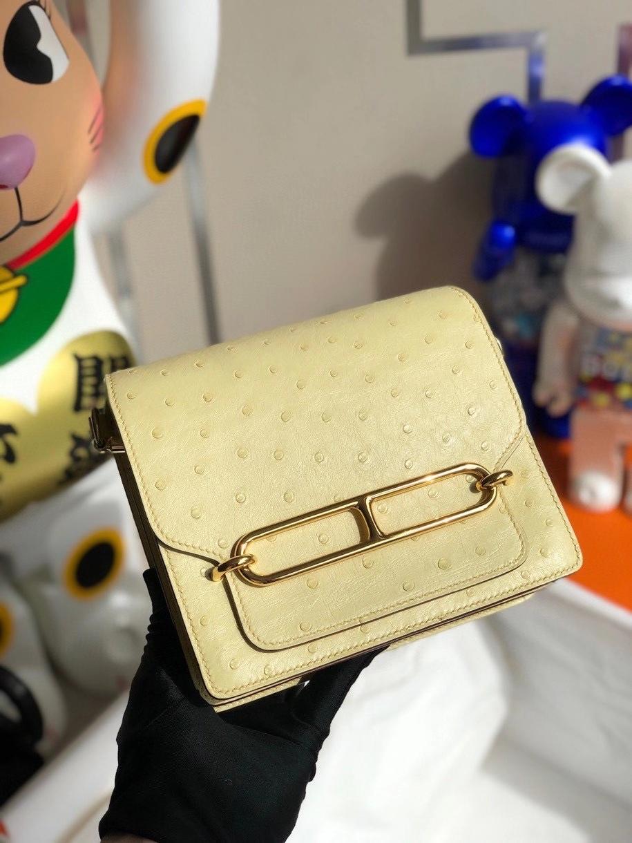 Hermès(爱马仕)Roulis 18cm Ostrich kk鸵鸟 1Z小鸡黄 金扣 顶级手缝 现货