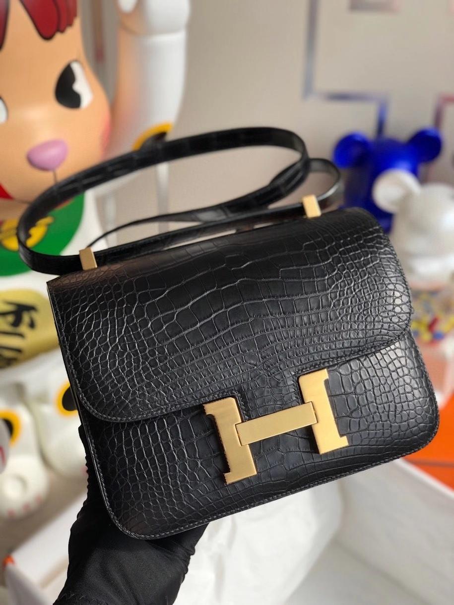 Hermès(爱马仕)Constance 24cm Alligator matt 雾面鳄鱼 ck89 黑色 Noir 金扣 顶级手缝 现货