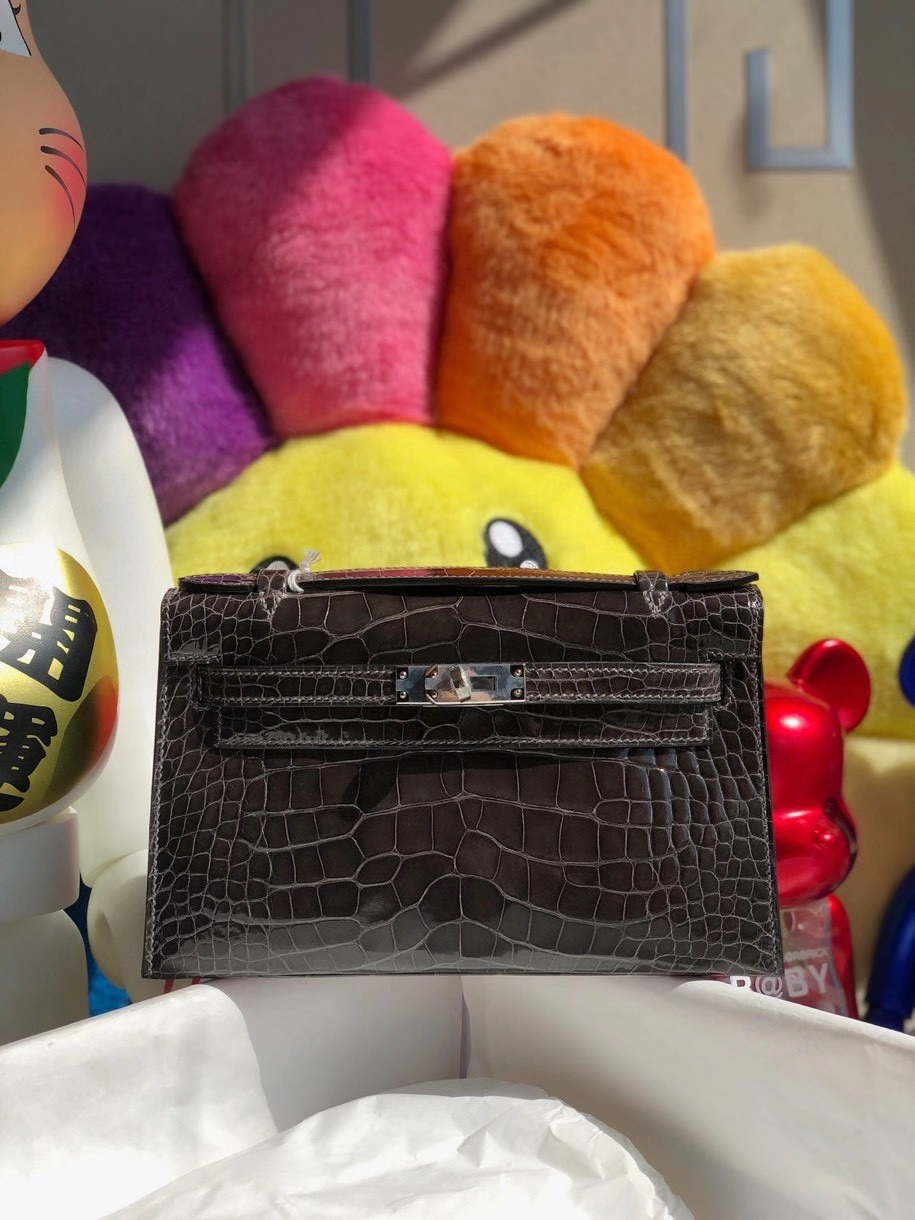Hermès(爱马仕)Mini kelly pochette 22cm Alligator shiny 亮面鳄鱼 8F锡器灰 银扣 顶级手缝 晚宴包 现货