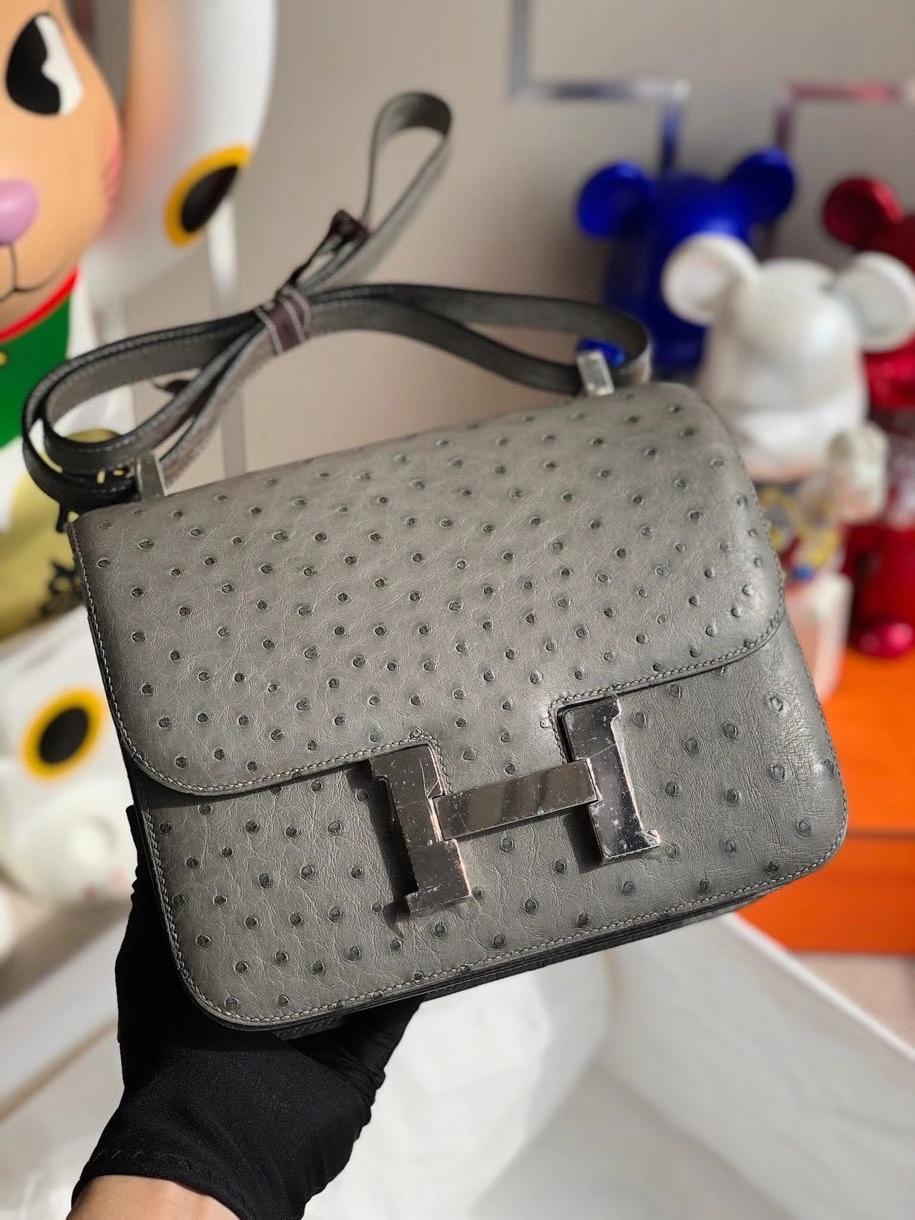 Hermès(爱马仕)Constance 24cm Ostrich kk 鸵鸟 m8 沥青灰 银扣 顶级手缝 现货