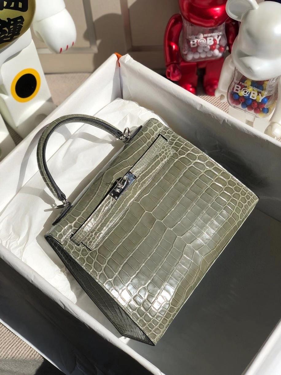 Hermès(爱马仕)Kelly 25cm Crocodile shiny 亮面鳄鱼 ck81 斑鸠灰 Gris T 银扣 顶级手缝 现货
