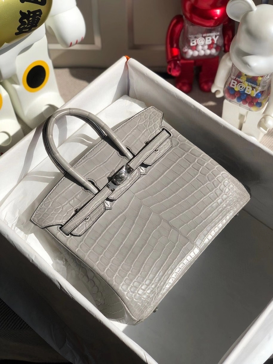 Hermès(爱马仕)Birkin 25cm Crocodile matt 雾面鳄鱼 ck80 珍珠灰 银扣 顶级手缝 品相完美 现货
