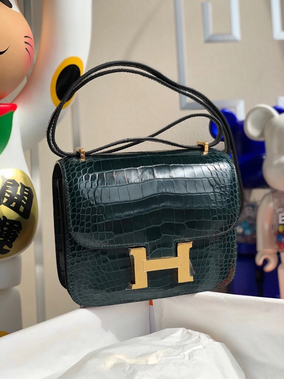 Hermès(爱马仕)Constance 18cm Alligator shiny 亮面鳄鱼 1p鸭子蓝 金扣 顶级手缝 现货