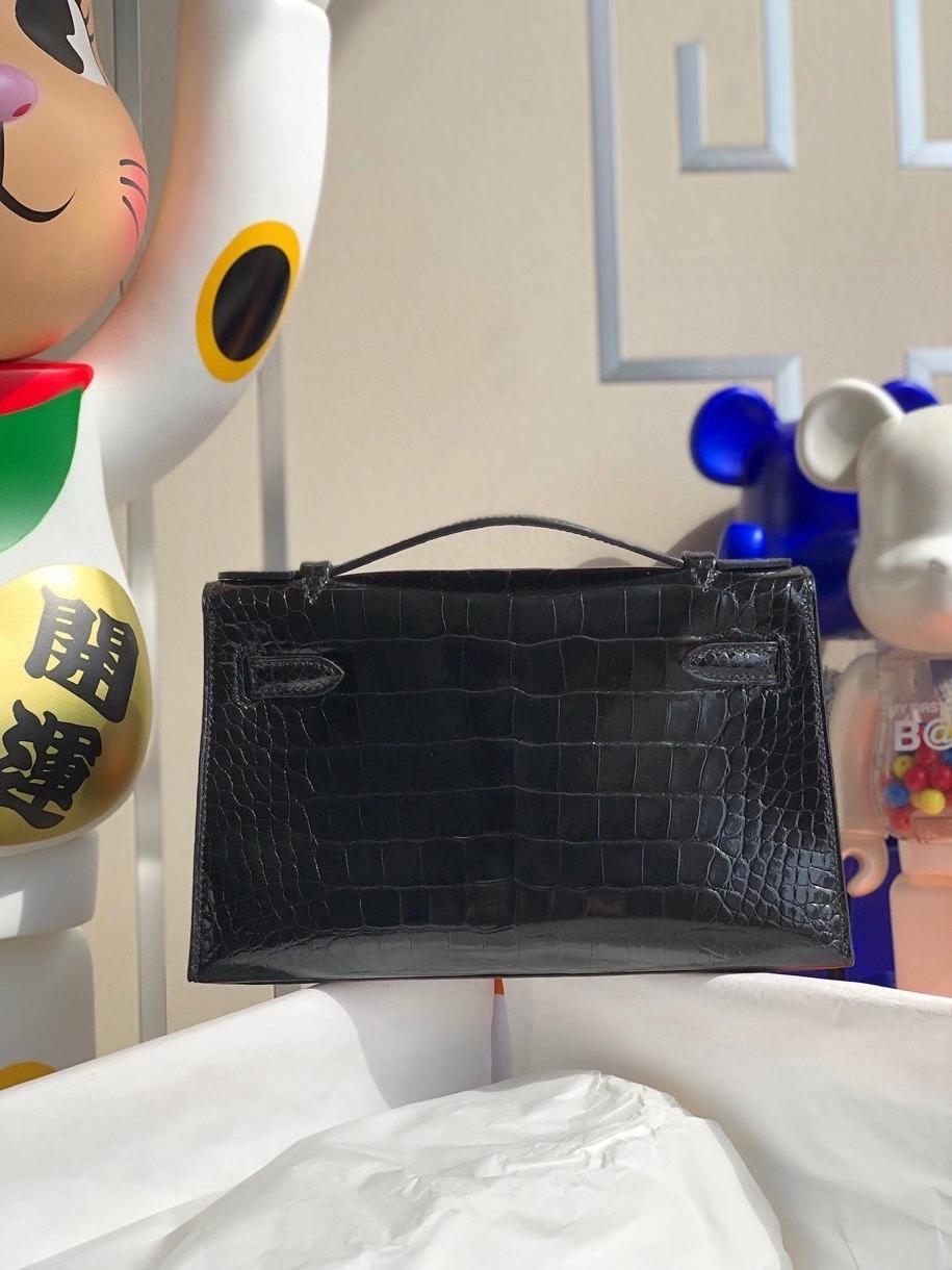 Hermès(爱马仕)Mini kelly pochette 22cm Alligator shiny 亮面鳄鱼 ck89 黑色 Noir 银扣 顶级手缝 现货