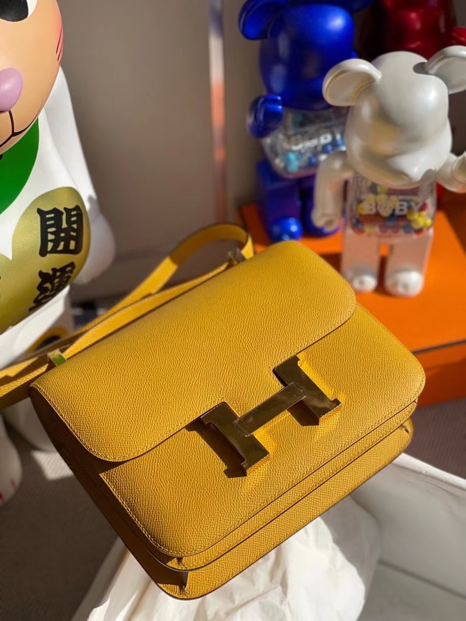 Hermès(爱马仕)Constance 24cm Epsom 原厂掌纹皮 9D琥珀黄 Amber 金扣