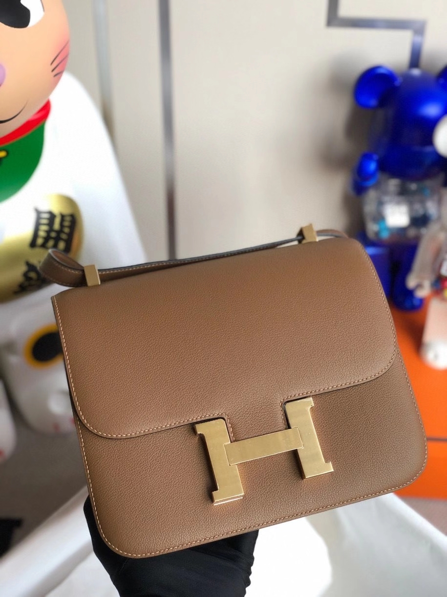 Hermès(爱马仕)Constance 18cm evecolor  D0 犬米色 金扣 顶级手缝 定制