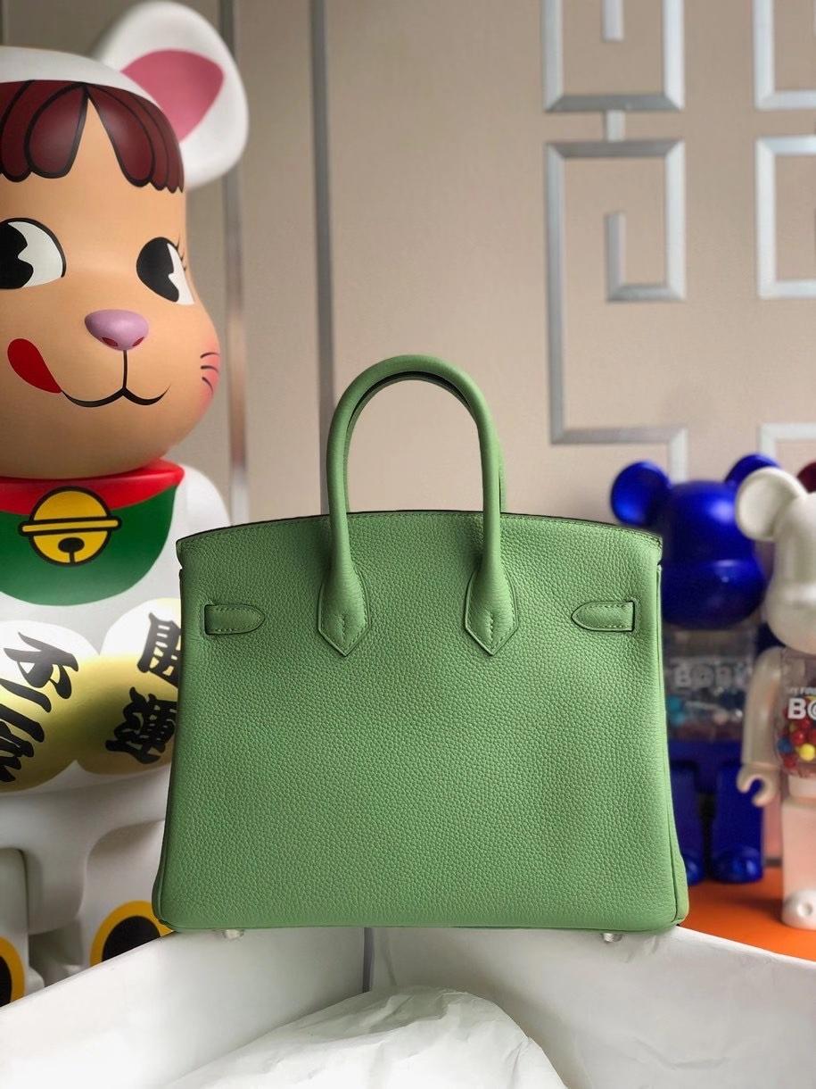 Hermès(爱马仕)Birkin 25cm 原厂小牛皮 togo 牛油果绿 银扣 顶级手缝 现货