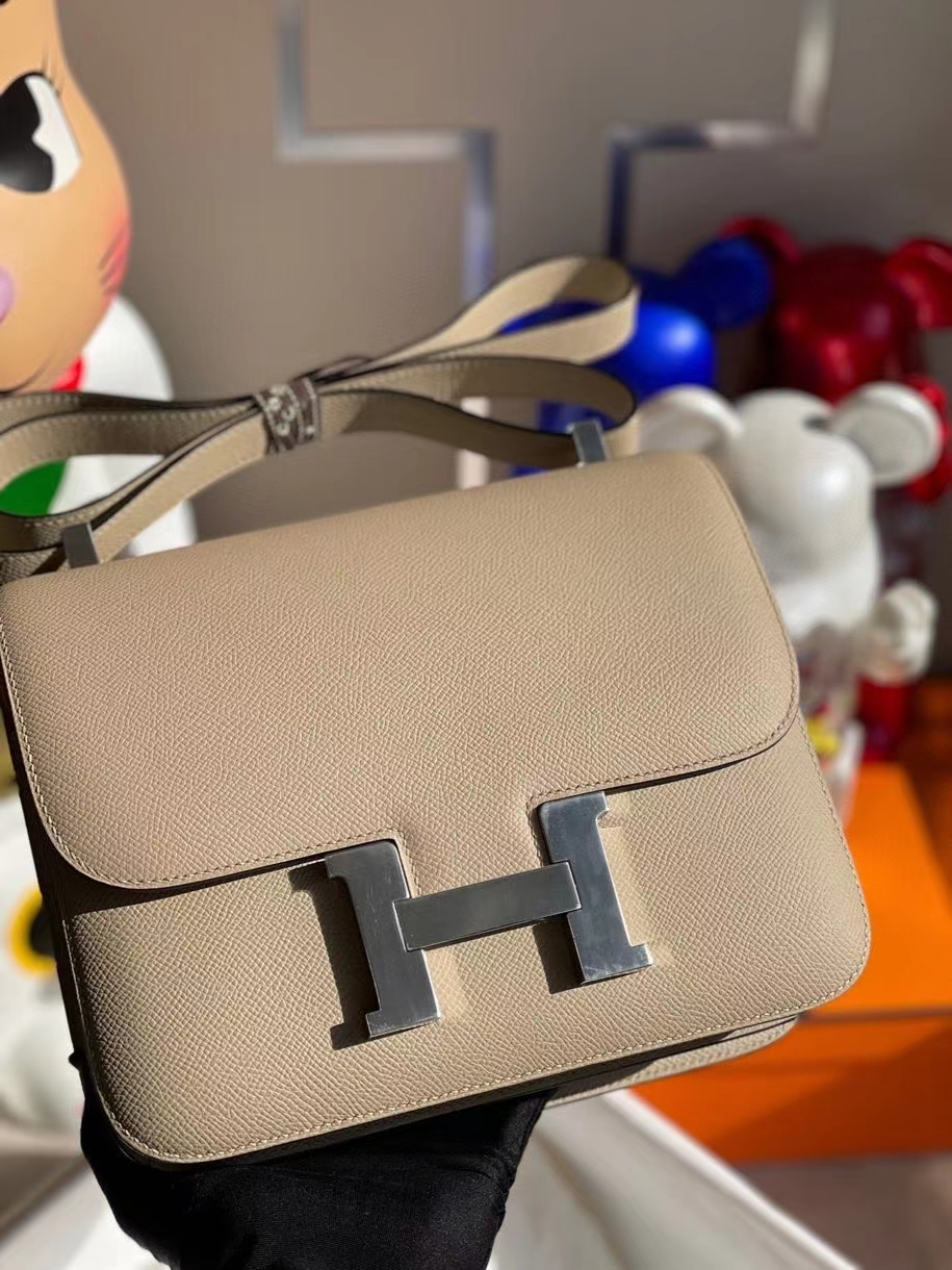 Hermès(爱马仕)Constance 24cm Epsom 原厂掌纹皮  风衣灰 trench 银扣