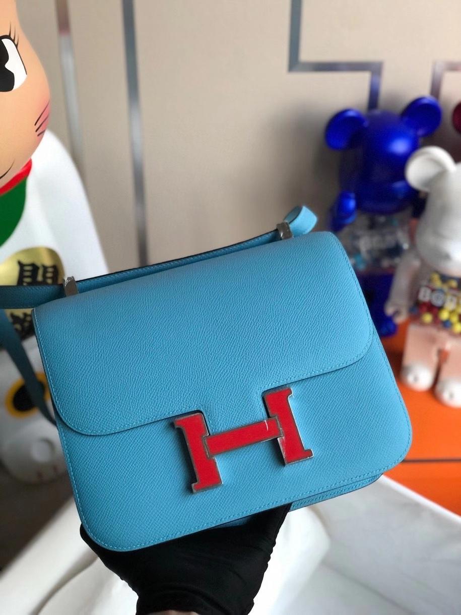 Hermès(爱马仕)Constance 24cm Epsom 原厂掌纹皮 北方蓝拼红色 珐琅扣